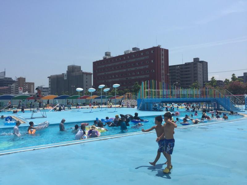 高松市立市民プールのオープニングイベント無料開放に行って来ました〜。