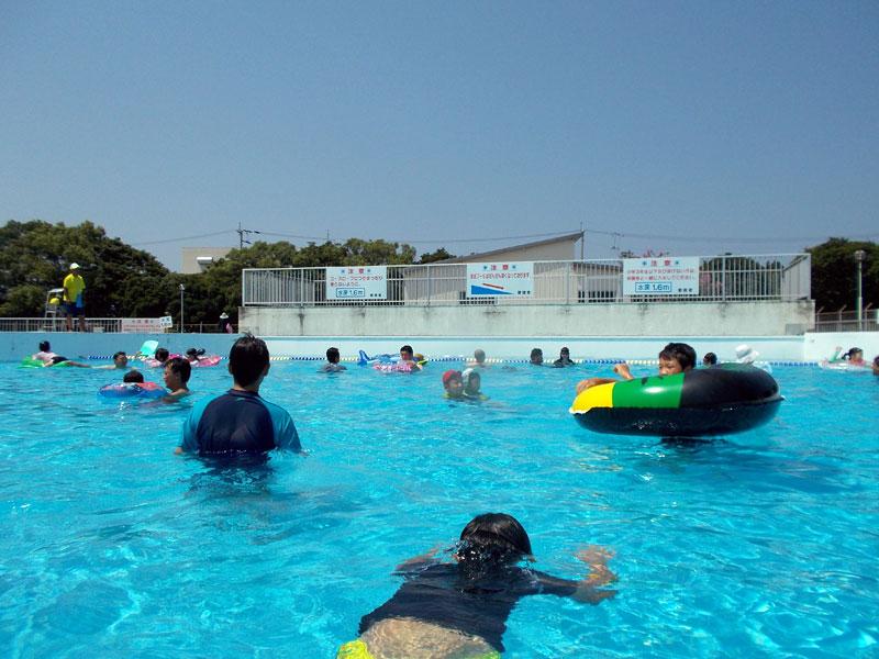 入場料が安い!愛媛県四国中央市「伊予三島運動公園市民プール」に行ってきました~。