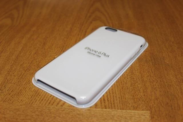 iPhone 6 Plus シリコンケース – ホワイト購入したのでレビュー。