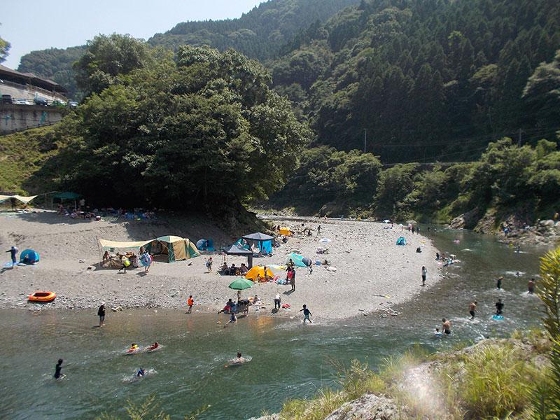 徳島県美馬市穴吹町の穴吹川へ行ってきました。