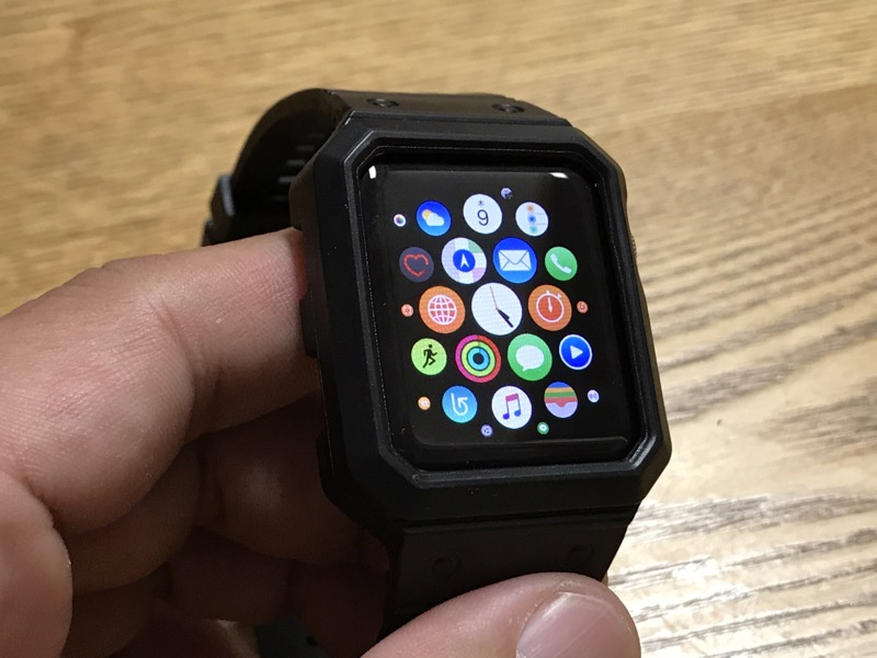 BRG 製の一体型 Apple Watch ケース・バンドレビュー